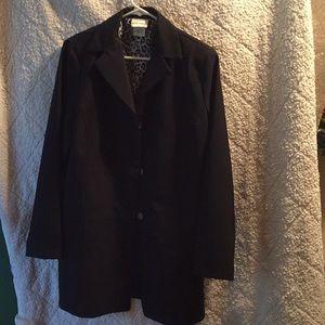 Black 3 button blazer lg never worn